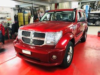 Dodge Nitro 3.7 V6 SE Automatic 103'500 km CHF7'500 - buy on carforyou.ch - 2