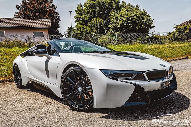 BMW i8 Roadster 2'500 km CHF109'800 - buy on carforyou.ch - 1