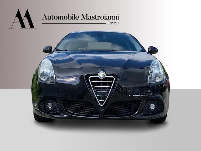 Alfa Romeo Giulietta 1.4 TB Progression 138'000 km CHF6'990 - buy on carforyou.ch - 1