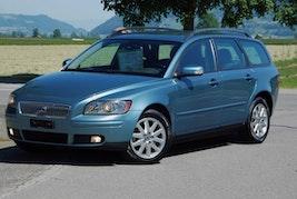 Volvo V50 2.0D Summum 293'000 km CHF4'500 - buy on carforyou.ch - 2