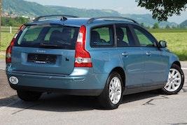 Volvo V50 2.0D Summum 293'000 km CHF4'500 - buy on carforyou.ch - 3