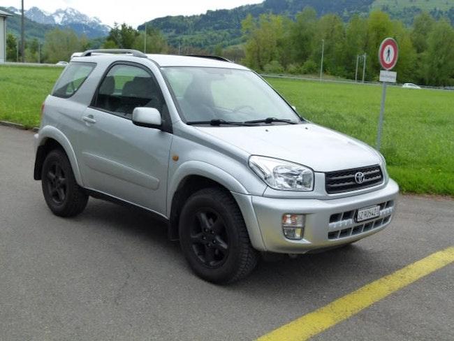 Toyota RAV4 RAV-4 2.0 16V Linea Sol 179'000 km CHF4'500 - buy on carforyou.ch - 1