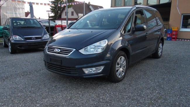 Ford Galaxy 1.6 SCTi Carving 121'000 km CHF6'900 - buy on carforyou.ch - 1