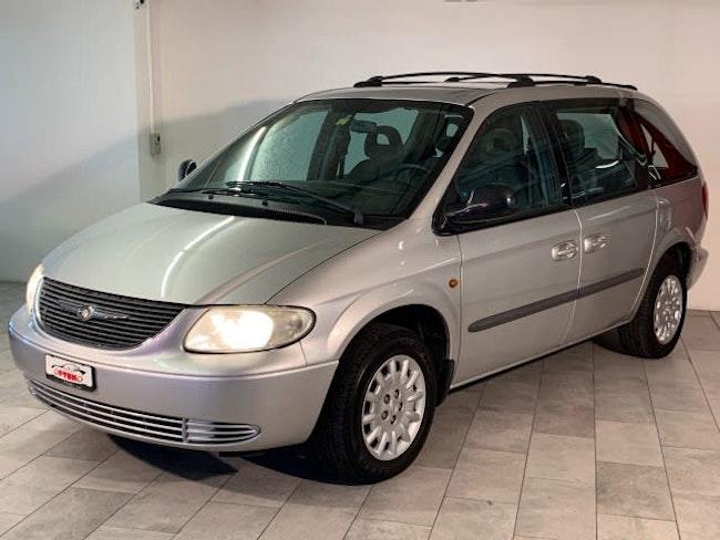 Chrysler Voyager 2.4 SE 142'900 km CHF3'700 - kaufen auf carforyou.ch - 1