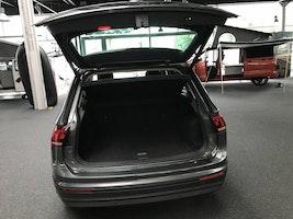 VW Tiguan 1.4 TSI Comfortline DSG 47'700 km CHF28'990 - buy on carforyou.ch - 3