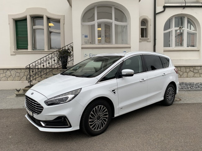 Ford S-Max 2.0 TDCiTitani. AWD 6'600 km CHF36'900 - buy on carforyou.ch - 1