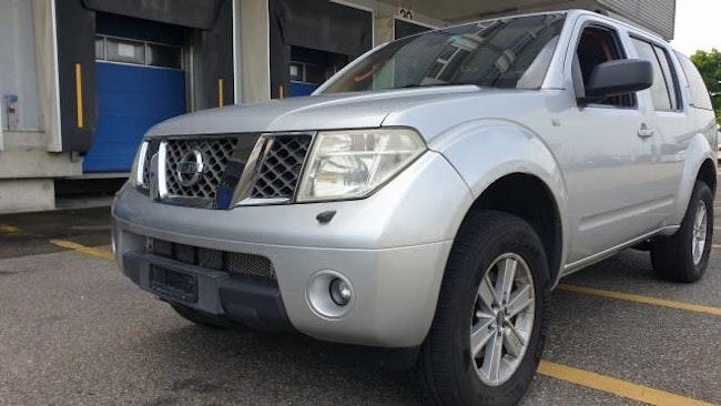 Nissan Pathfinder 2.5 dCi LE 294'000 km CHF4'499 - kaufen auf carforyou.ch - 1