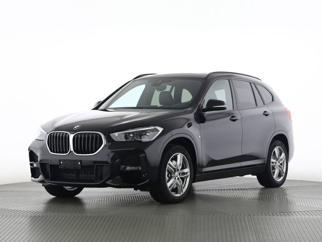 BMW X1 xDrive20i SAG 2'000 km CHF59'640 - buy on carforyou.ch - 1