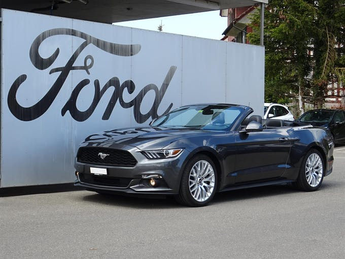 Ford Mustang Cabrio 2.3 EcoBoost 27'900 km CHF39'890 - buy on carforyou.ch - 1
