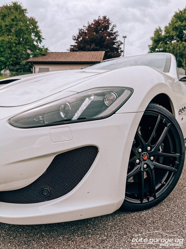 Maserati GranCabrio/Granturismo GranCabrio Sport Automatica 28'500 km CHF109'800 - buy on carforyou.ch - 1