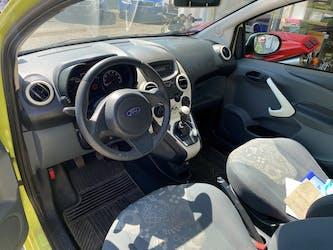 Ford Ka 1.25 Ambiente 104'000 km CHF4'499 - acquistare su carforyou.ch - 3