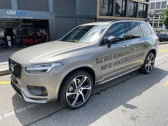 Volvo XC90 B6 Benzin Mild Hybrid AWD R-Design Geartronic 1 km CHF79'800 - buy on carforyou.ch - 2