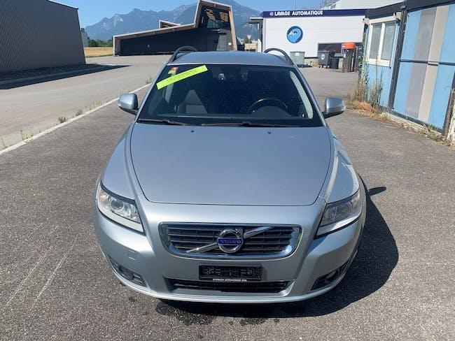 Volvo V50 D3 Momentum 180'000 km CHF6'500 - buy on carforyou.ch - 1