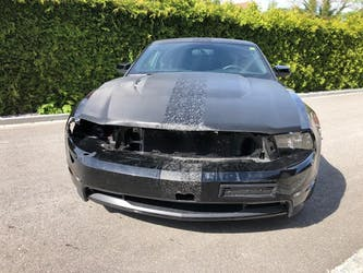 Ford Mustang GT 71'000 km CHF16'999 - buy on carforyou.ch - 3