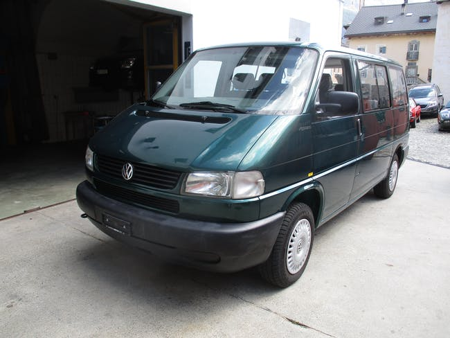 VW T4 Caravelle GL 2920 2.5 syncro 102'431 km CHF14'250 - buy on carforyou.ch - 1