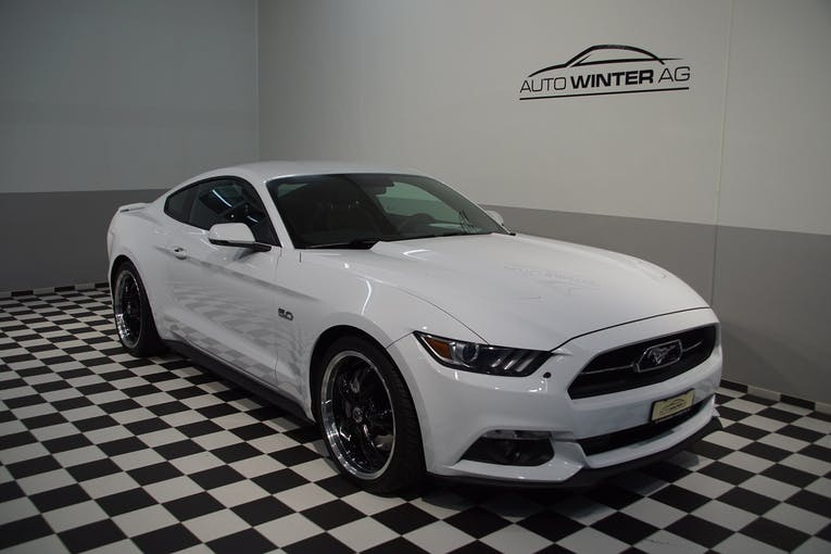 Ford Mustang GT 50th Anniverary 32'500 km CHF39'790 - buy on carforyou.ch - 1