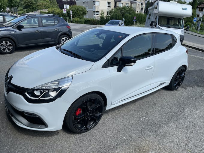 Renault Clio Renaud Clio RS blanche 65'000 km CHF15'500 - buy on carforyou.ch - 1