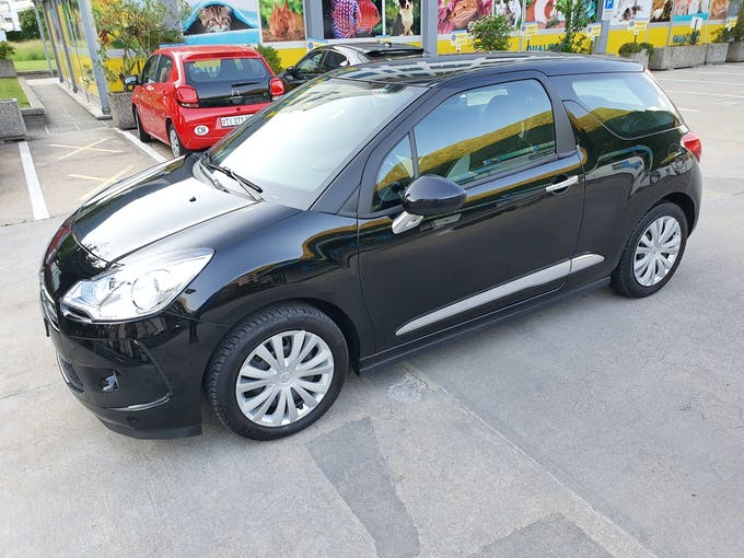 DS Automobiles DS3 CITROEN DS3 1.2 90'000 km CHF5'900 - buy on carforyou.ch - 1
