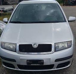 Skoda Fabia Hatchback 1.2 Benzin 250'000 km CHF800 - acheter sur carforyou.ch - 2