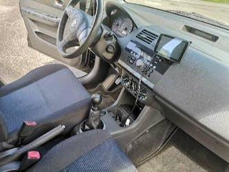 Suzuki Swift 1.3i 16V GL TOP 4WD Piz Sulai LE 140'000 km CHF6'000 - kaufen auf carforyou.ch - 3