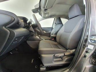 Toyota Yaris 1.5 VVT-i HSD Trend 25 km CHF25'900 - buy on carforyou.ch - 2