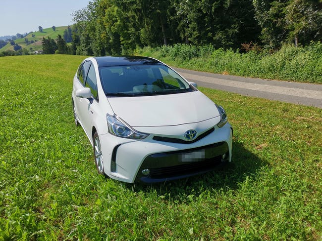 Toyota Prius + voll Hybrid 160'000 km CHF20'900 - kaufen auf carforyou.ch - 1