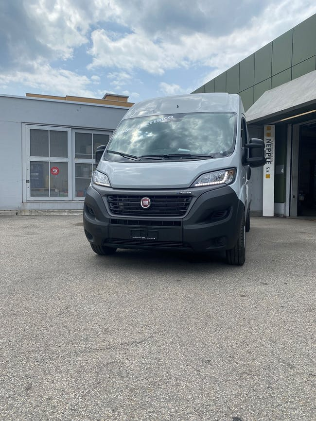 Fiat Ducato E-Ducato 35 47kWh L1H2 200 km CHF73'900 - buy on carforyou.ch - 1