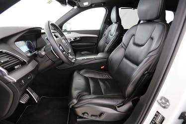 Volvo XC90 2.0 D5 R-Design 7P. AWD 62'720 km CHF50'000 - buy on carforyou.ch - 3