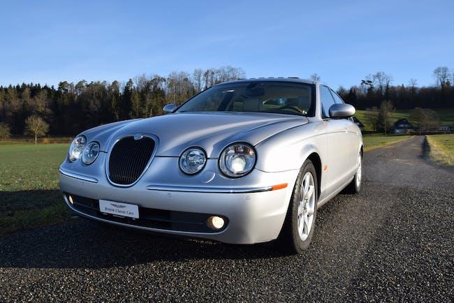 Jaguar S-Type 4.2 V8 Executive 141'000 km CHF12'800 - acheter sur carforyou.ch - 1