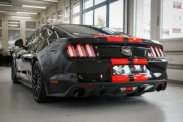 Ford Mustang Fastback 2.3 83'600 km CHF31'800 - buy on carforyou.ch - 3