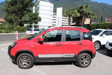 Fiat Panda 0.9T.air Cross 4x4 2'500 km CHF16'900 - buy on carforyou.ch - 2