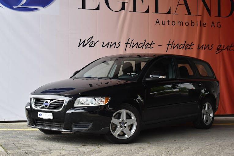 Volvo V50 2.0 D Kinetic 156'700 km CHF7'800 - buy on carforyou.ch - 1