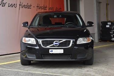 Volvo V50 2.0 D Kinetic 156'700 km CHF7'800 - buy on carforyou.ch - 2