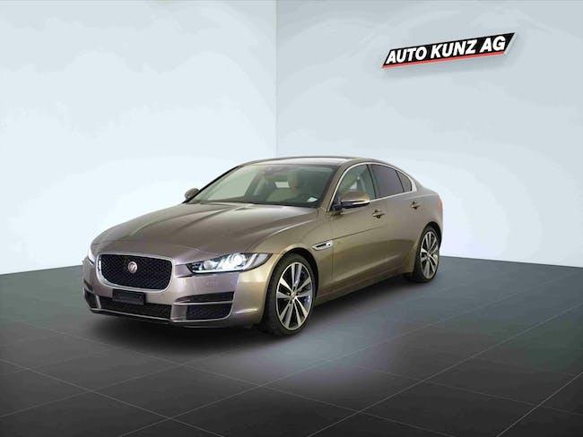Jaguar XE 25t 2.0 Portfolio 38'842 km CHF35'989 - acheter sur carforyou.ch - 1