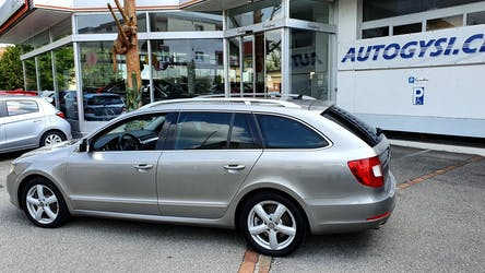 Skoda Superb 3.6FSI Ambition4x4 150'627 km CHF12'500 - buy on carforyou.ch - 2