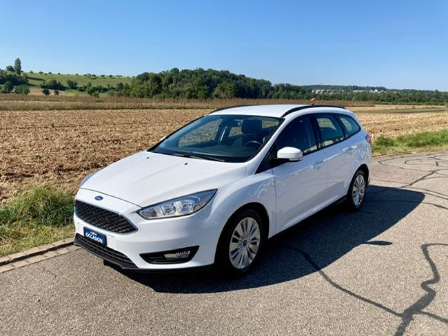 Ford Focus Station Wagon 1.0i EcoB 100 Ambiente 175'250 km CHF6'950 - buy on carforyou.ch - 1