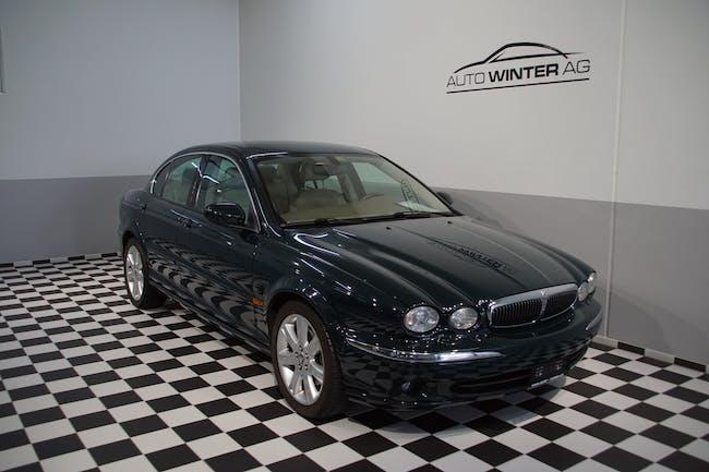 Jaguar X-Type 3.0 V6 Traction4 Executive 140'000 km CHF5'555 - acheter sur carforyou.ch - 1