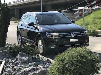 VW Tiguan 2.0TSI High 4M 96'000 km CHF26'790 - buy on carforyou.ch - 3