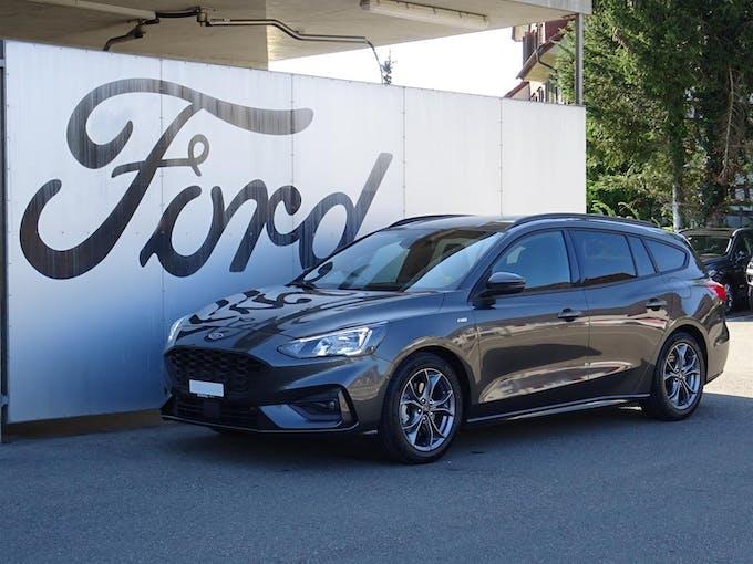 Ford Focus Station Wagon 1.0i EcoB Hybrid 125 ST-Line 19'500 km CHF22'890 - buy on carforyou.ch - 1