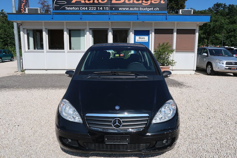 Mercedes-Benz A-Klasse A 150 Classic My first star Autotronic 167'000 km CHF2'750 - buy on carforyou.ch - 1