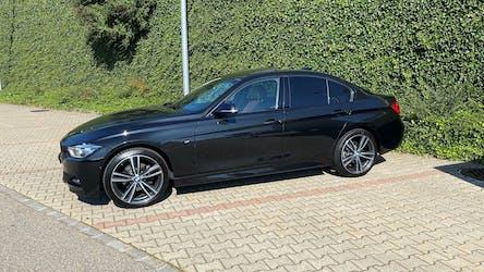 BMW 3er 320d xDrive M Sport Steptronic 58'900 km CHF29'900 - buy on carforyou.ch - 2