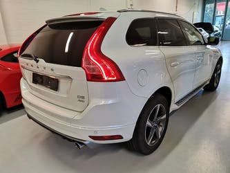 Volvo XC60 D5 AWD Kinetic R-Design Geartronic 103'900 km CHF18'900 - buy on carforyou.ch - 3