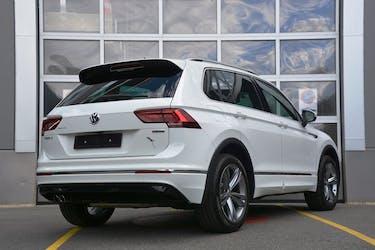 VW Tiguan 2.0TSI R-Line Highline 4Motion DSG 18'900 km CHF38'990 - buy on carforyou.ch - 2