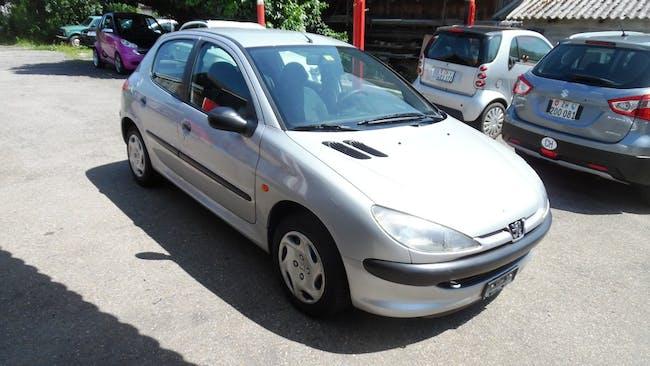 Peugeot 206 1.4 Extravaganza 105'000 km CHF2'900 - acquistare su carforyou.ch - 1