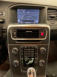 Volvo V60 D4 Momentum Geartronic 154'000 km CHF9'900 - buy on carforyou.ch - 2