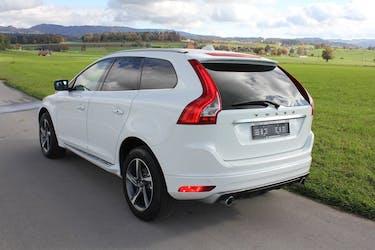 Volvo XC60 D4 AWD Momentum R-Design 115'000 km CHF19'995 - buy on carforyou.ch - 3