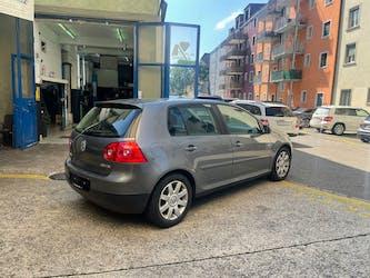 VW Golf 2.0 FSI Comfortline 155'000 km CHF3'900 - buy on carforyou.ch - 3