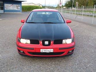 SEAT Leon 1.6 Signo 198'500 km CHF1'900 - buy on carforyou.ch - 2