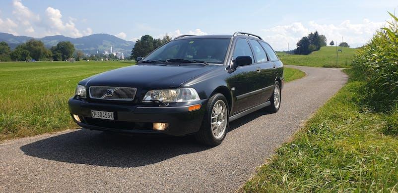 Volvo S40/V40 V40 2.0T 185'200 km CHF2'898 - buy on carforyou.ch - 1