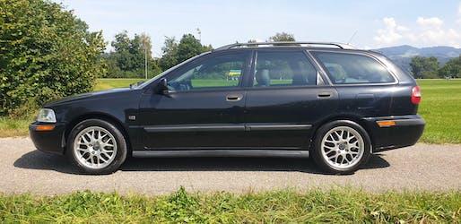 Volvo S40/V40 V40 2.0T 185'200 km CHF2'898 - buy on carforyou.ch - 2